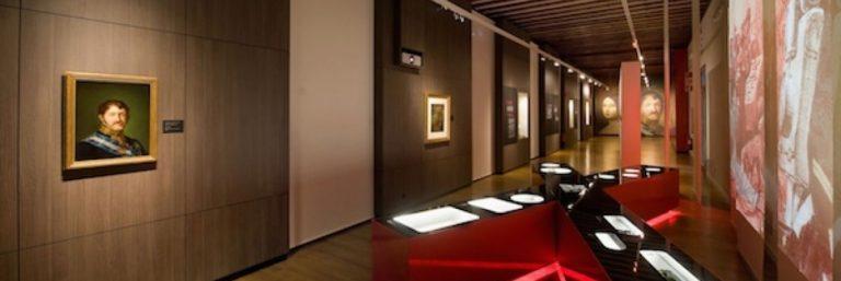 Bisita gidatua erakusketa iraunkorrera (Karlismoaren museoa)