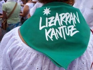 Lizarran Kantuz (Herri inauterien bazkalostean) @ Lizarra (Baxe Nafarroa)